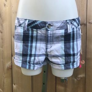 3 for $30 Ardene white/blue plaid shorts size 9